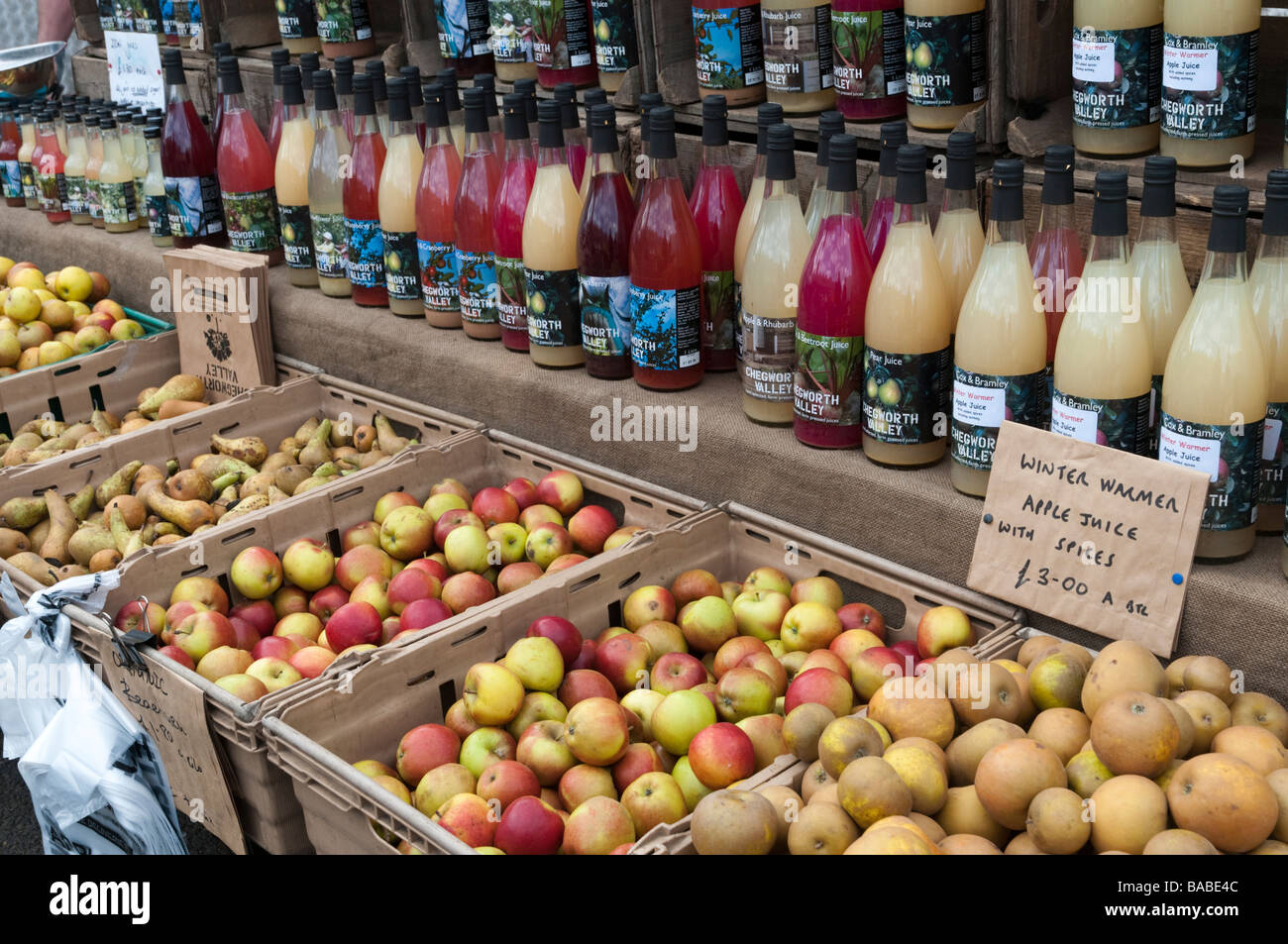 Organic English apples for sale at farmers market, London England UK - Stock Image