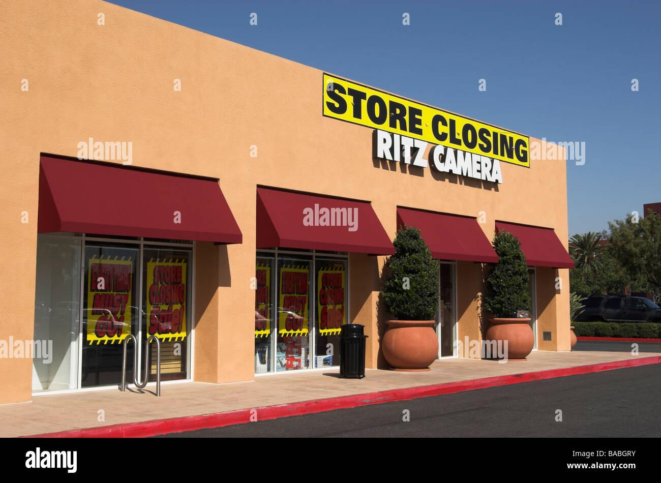Ritz camera store closing Stock Photo: 23611615 - Alamy