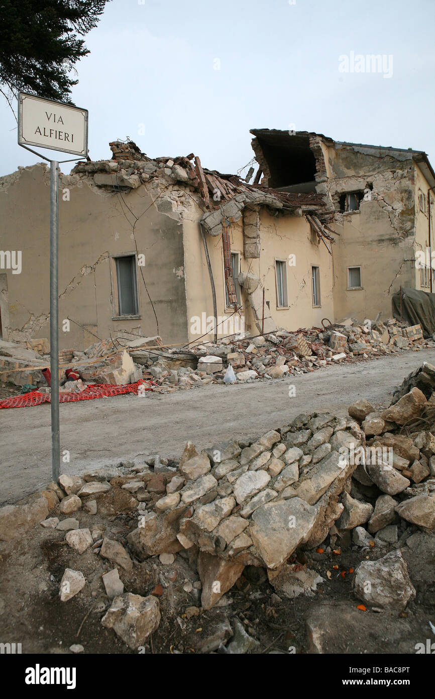 Earthquake damage Onna Arbruzzo Italy folowing the the quake centred on L Aquila 6th April 2009 - Stock Image