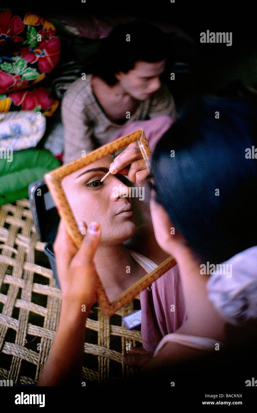 Pakistan Punjab Province Hijra Half Women Of Pakistan Hijra