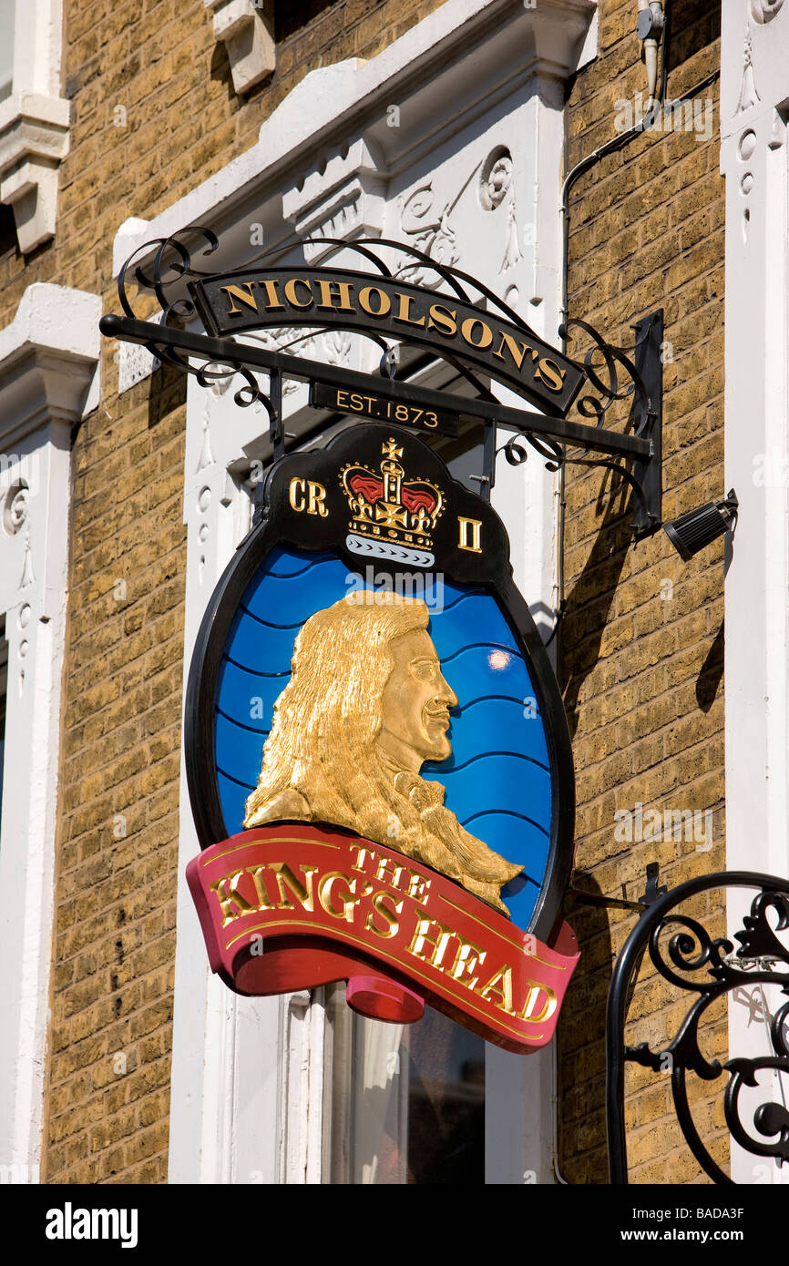 United Kingdom, London, Green Park area, King's Head pub sign - Stock Image