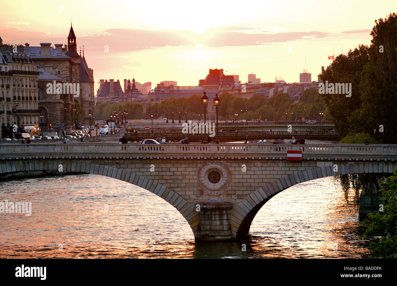 France, Paris, banks of the Seine River classified as World Heritage by UNESCO, Pont Louis Philippe over Seine River - Stock Image