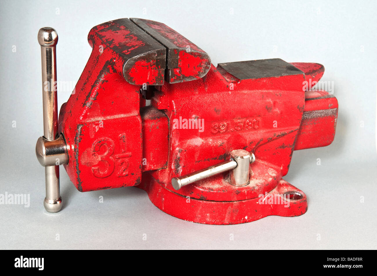Admirable Red Steel Workbench Vise Stock Photo 23654311 Alamy Beatyapartments Chair Design Images Beatyapartmentscom