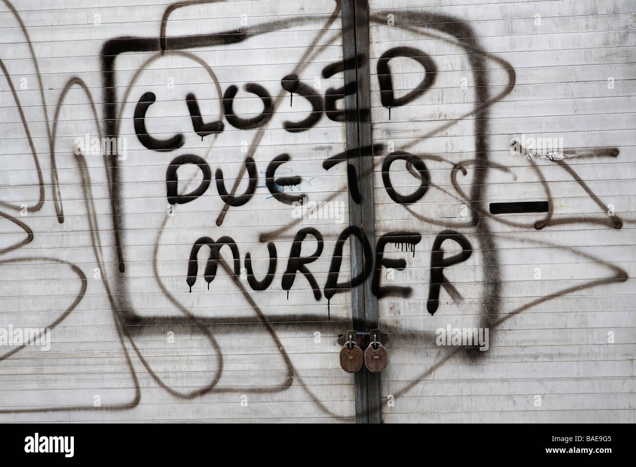 Graffiti shop closed due to murder - Stock Image
