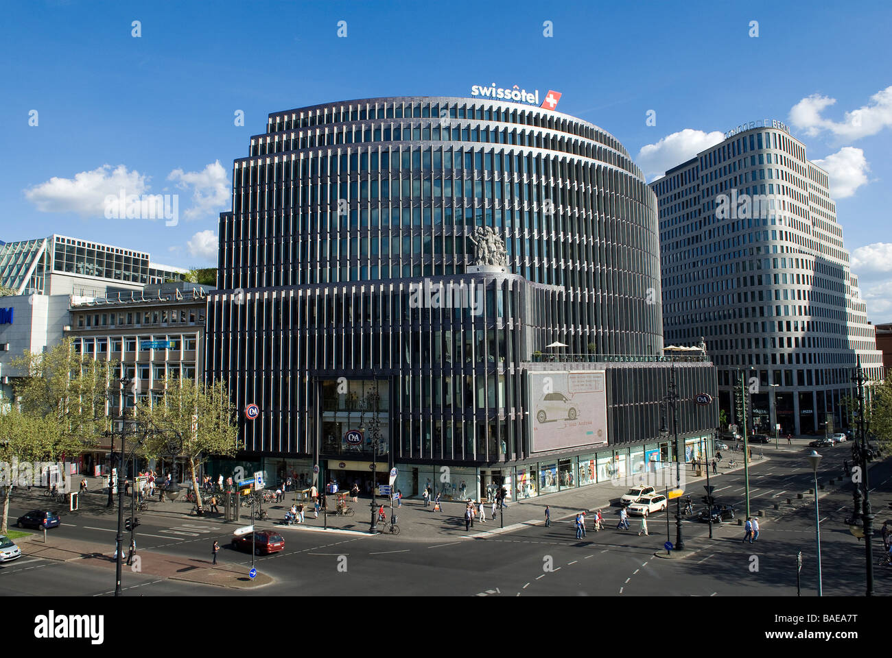 germany berlin ku 39 damm eck and c a store and swissotel berlin gmp stock photo 23672316 alamy. Black Bedroom Furniture Sets. Home Design Ideas