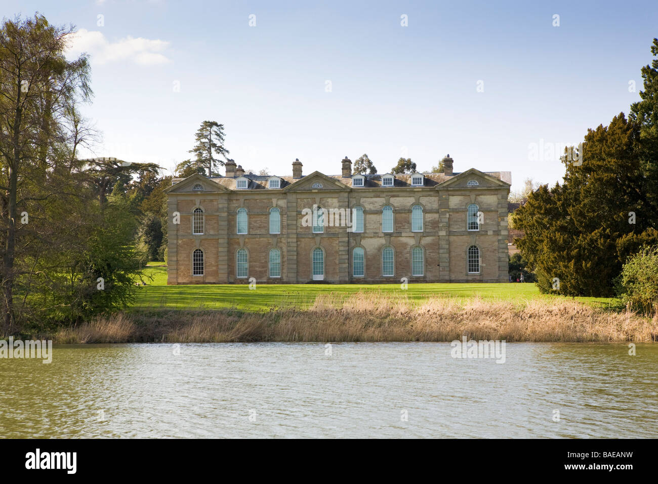 Compton Verney art gallery, Warwickshire. A Robert Adam designed grade 1 listed building set in 120 acres of parkland. - Stock Image