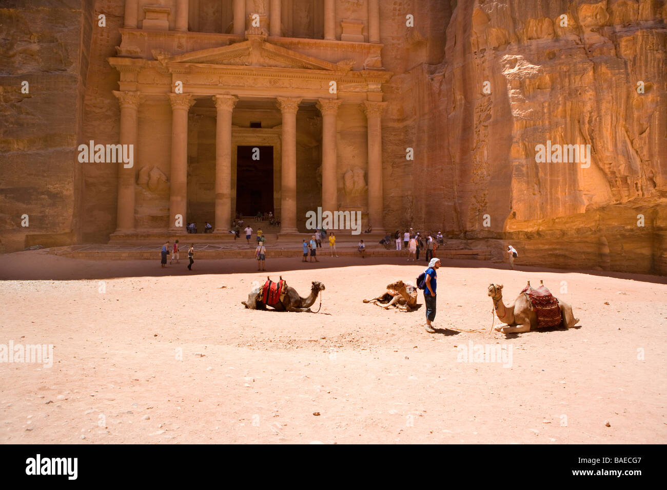 El Khazneh, The Treasury, the most famous building in the ancient city of Petra, Jordan Stock Photo