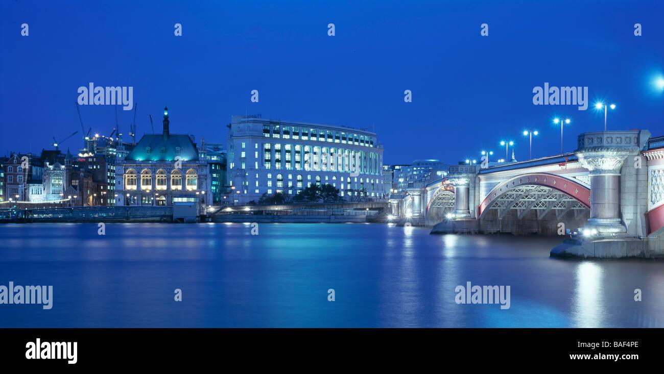 UNILEVER HOUSE, KOHN PEDERSEN FOX, LONDON, UNITED KINGDOM - Stock Image