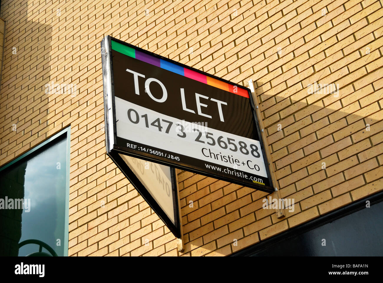 To let sign - Stock Image