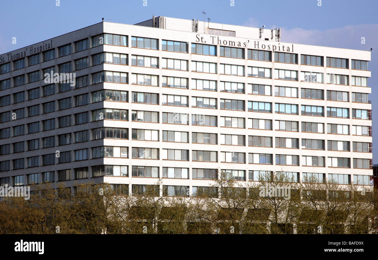 St Thomas Hospital London 2009 - Stock Image