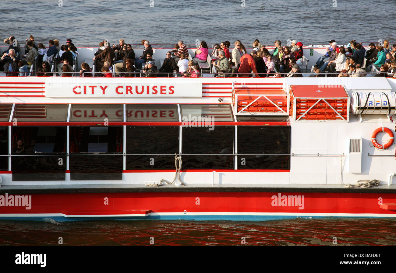 River Thames cruise boat London 2009 - Stock Image