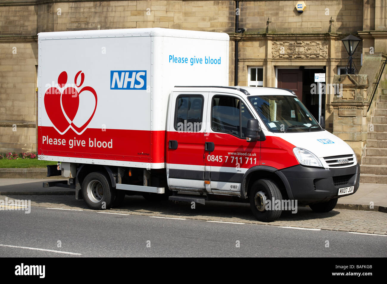 NATIONAL HEALTH SERVICE NHS BLOOD DONOR VEHICLE - Stock Image