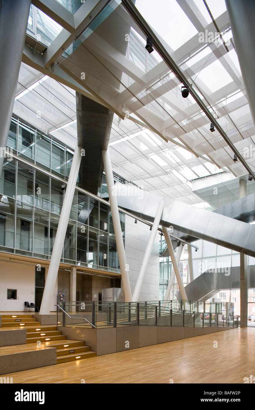 Academia of Fine Arts, Munich, Germany, Coop Himmelb(l)au, Academia of fine arts artium with steps and entrance - Stock Image