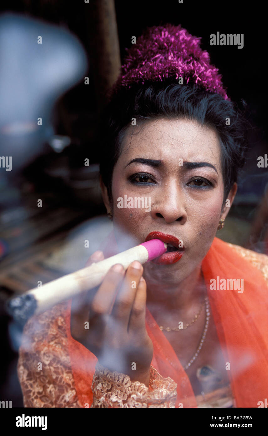 Transexuals smoking
