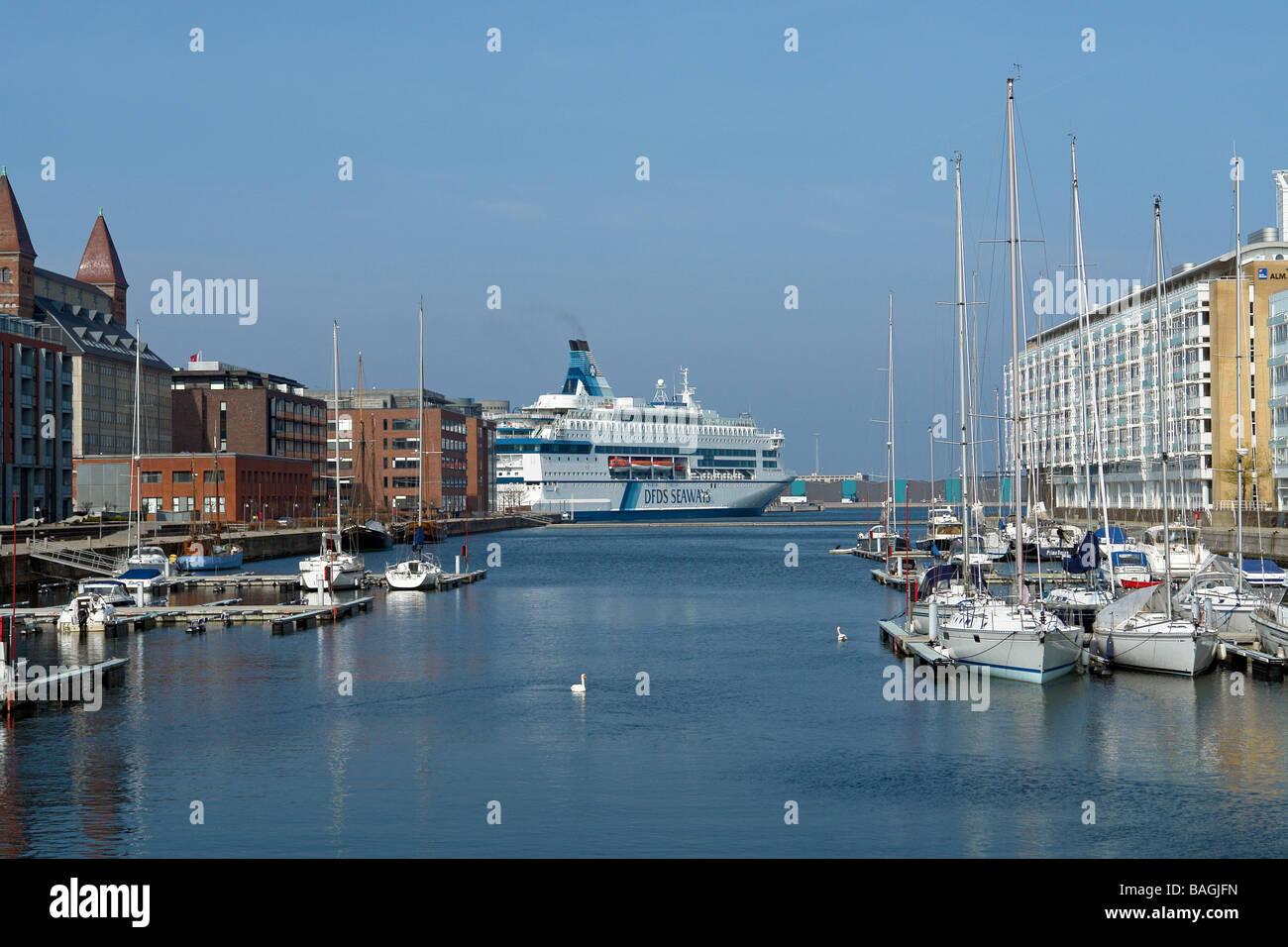 DFDS Passenger vessel Pearl of Scandinavia leaving its berth in Frihavnen Copenhagen en route to Oslo in Norway - Stock Image