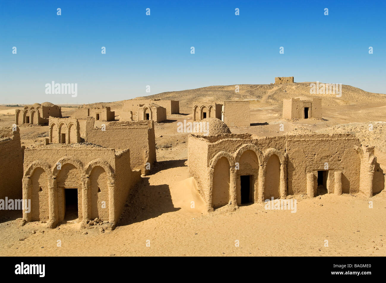 Egypt, Upper Egypt, Libyan Desert, Kharga Oasis, Bagawat Coptic Necropolis from the 2nd to the 7th century AD - Stock Image