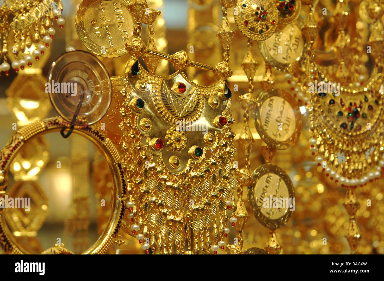 how to sell old gold jewelry for cash in chennai