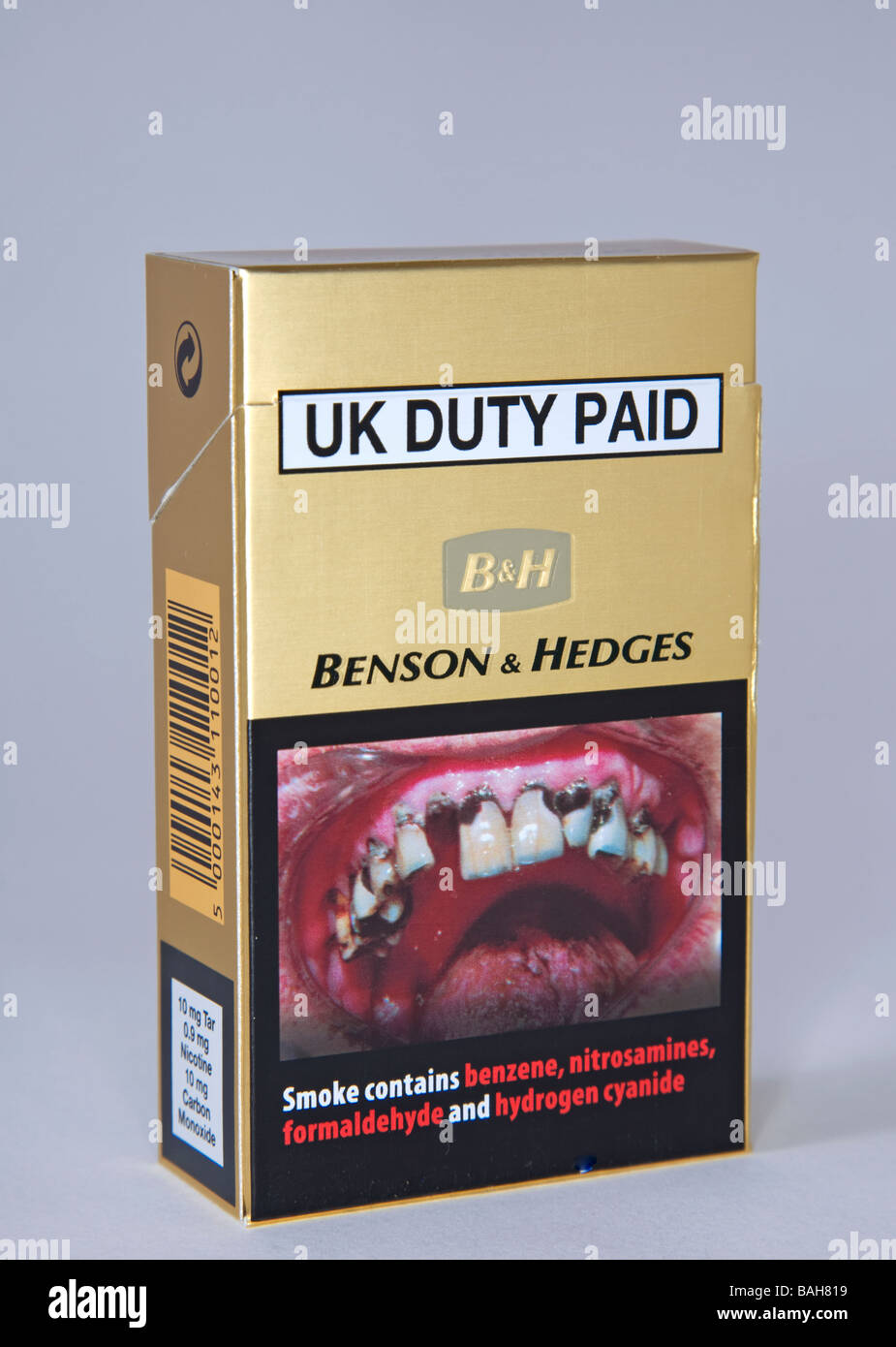 cigarette packet warning - Stock Image