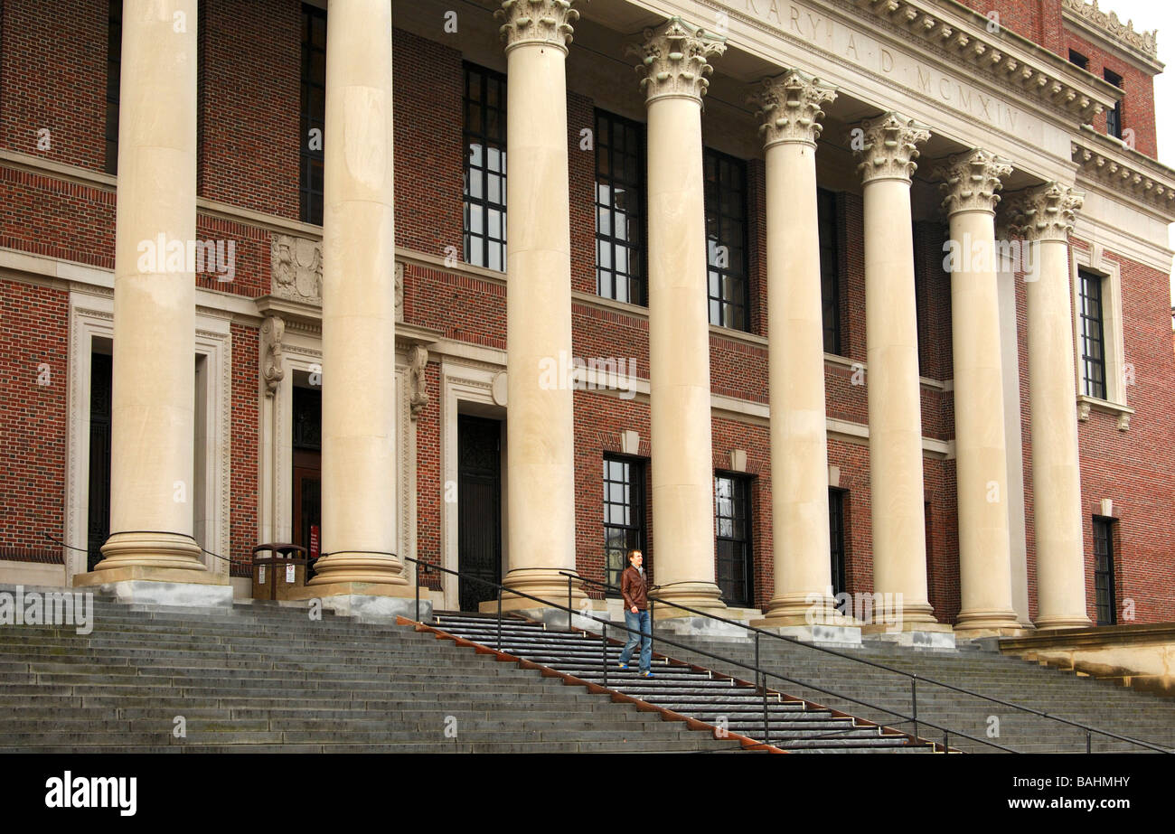 Harry Elkins Widener Memorial Library, Harvard University, Cambridge, Massachusetts, USA - Stock Image