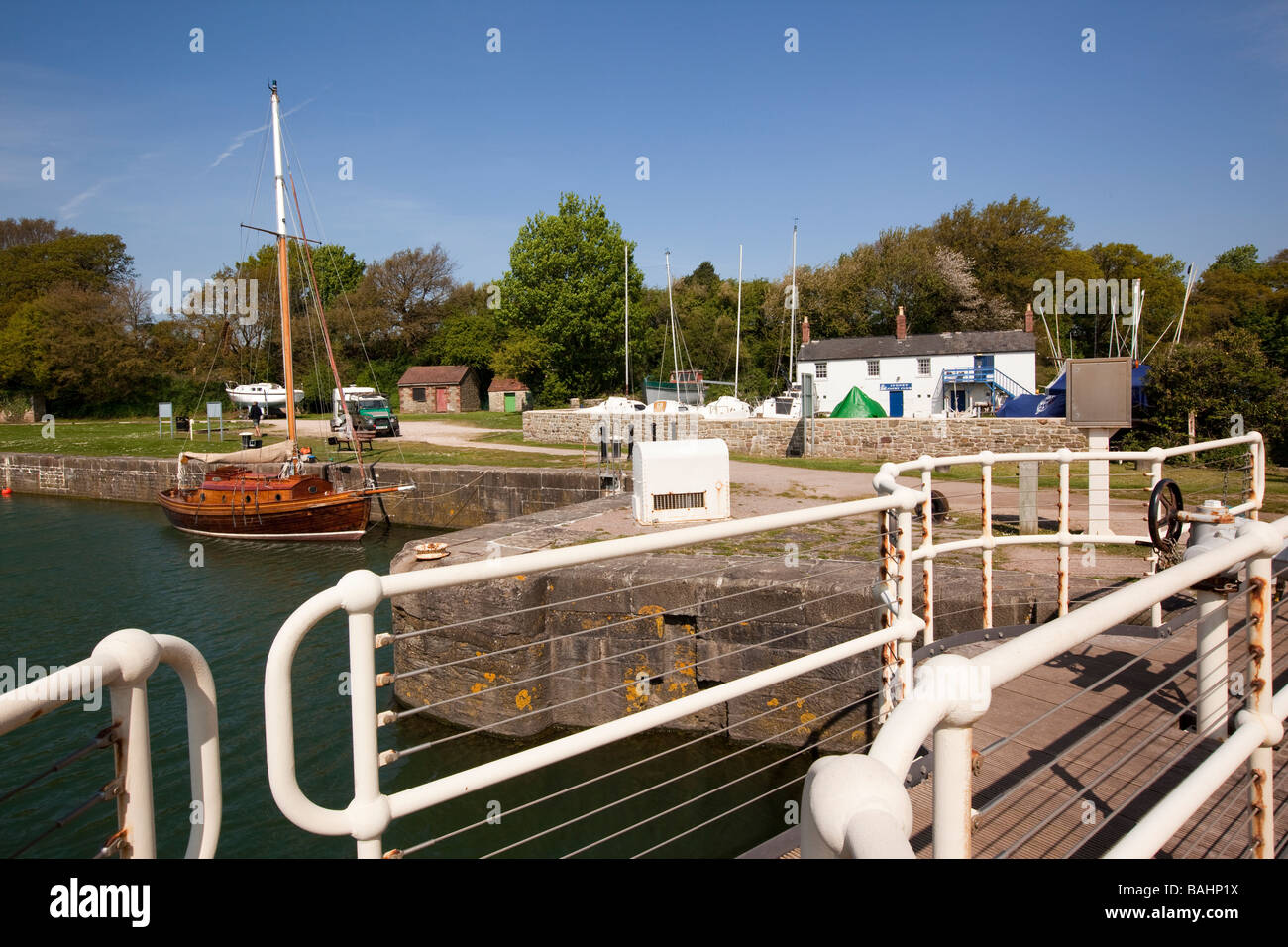 UK Gloucestershire Lydney Docks harbour River Lyd lock gates for worlds second largest tidal range - Stock Image