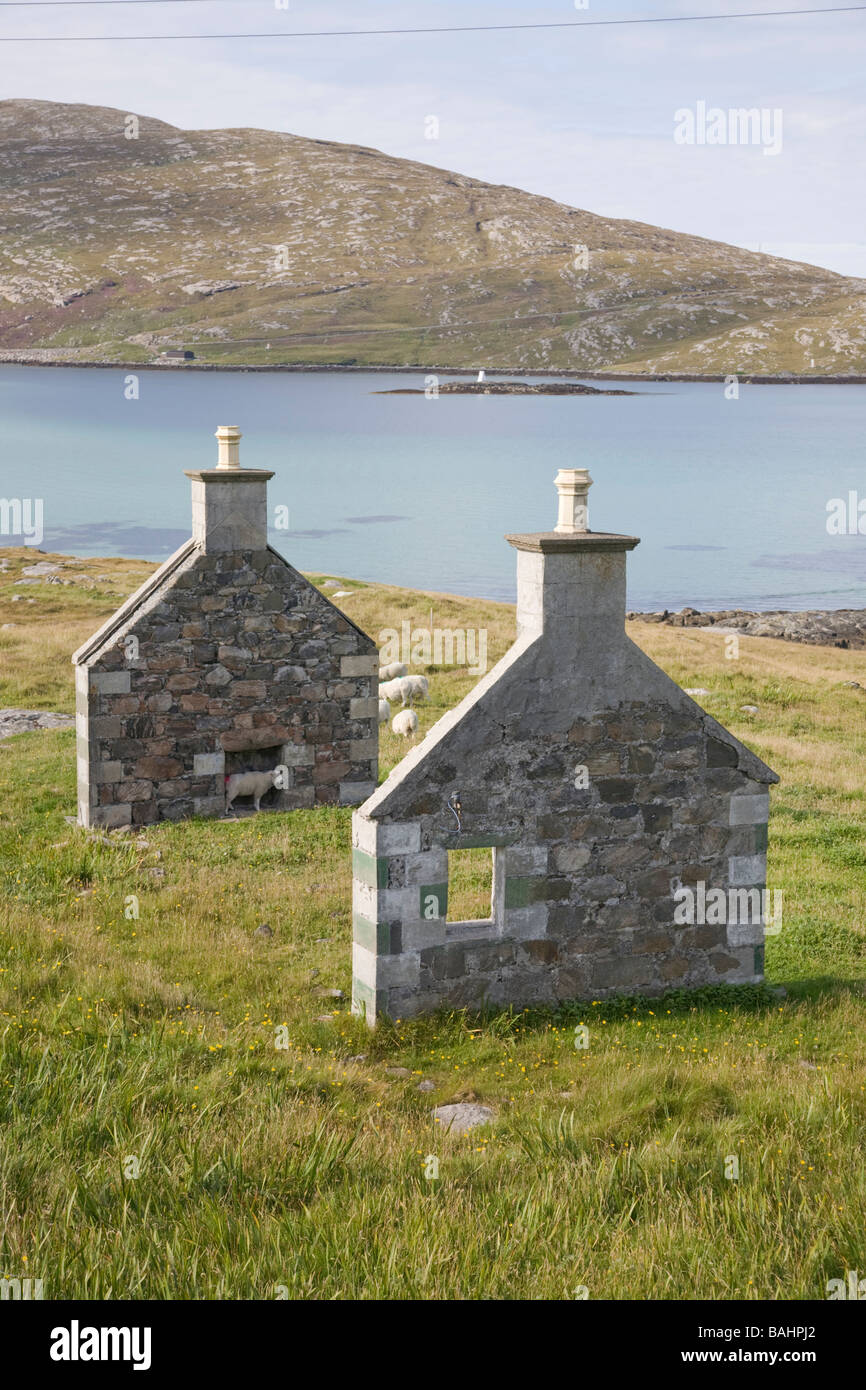 Castlebay United Kingdom Scotland GB ruins of house gable walls stand whilst the wooden central portion has dissapeared - Stock Image