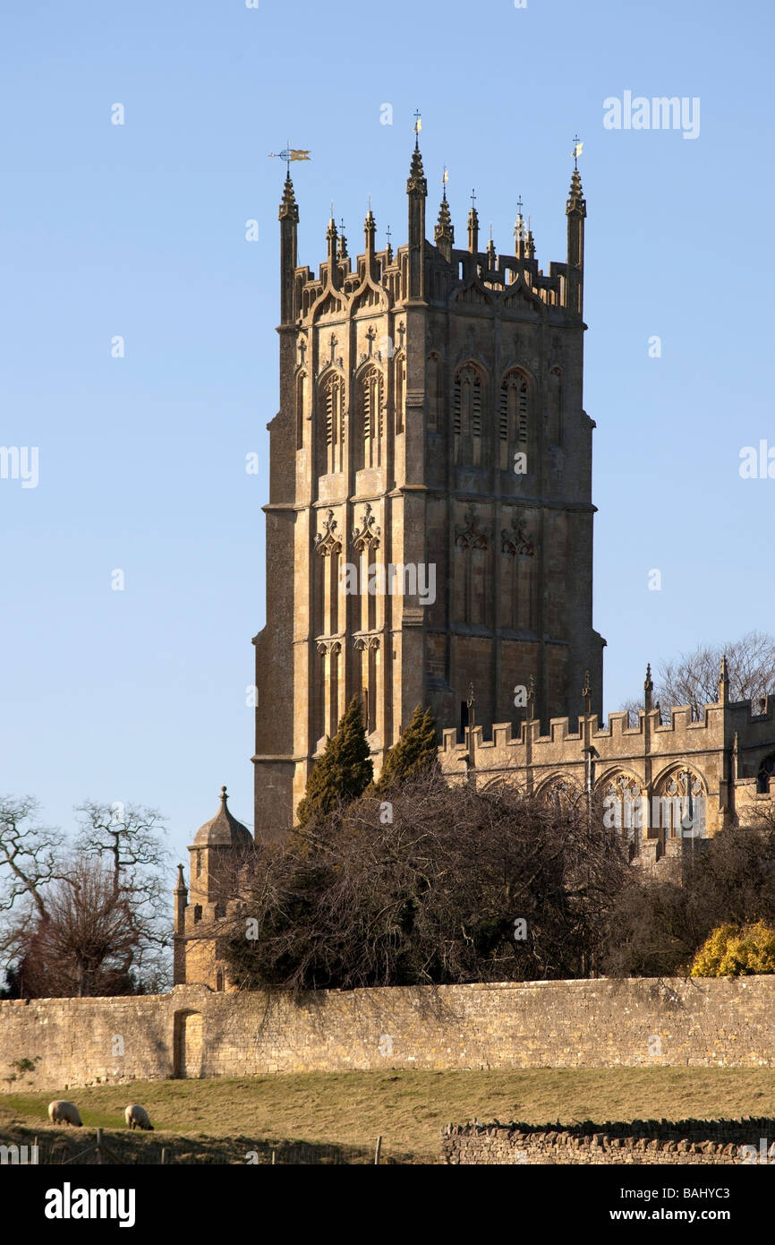 chipping campden village the cotswolds gloucestershire england st james wool church - Stock Image