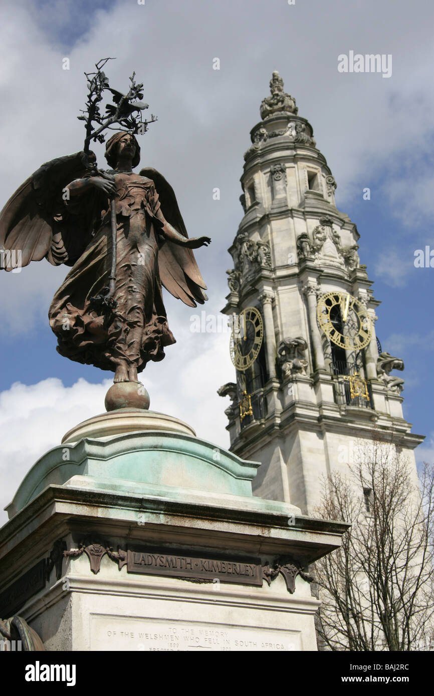City of Cardiff, South Wales. The Albert Toft sculpted South African War Memorial at King Edward VII Avenue. - Stock Image