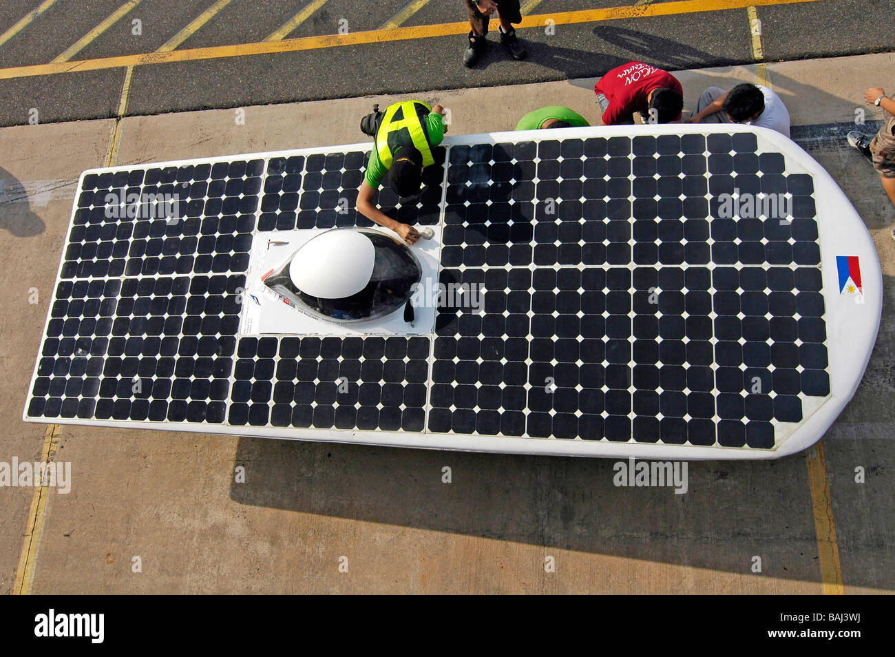 Solar cars getting ready before taking part in the qualification rounds of the World solar challenge race in Darwin, - Stock Image