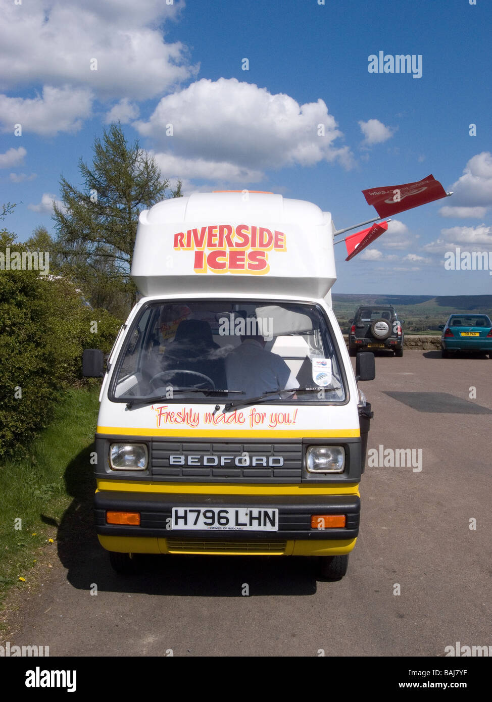 4e497ab34a Riverside Ices Stock Photos   Riverside Ices Stock Images - Alamy