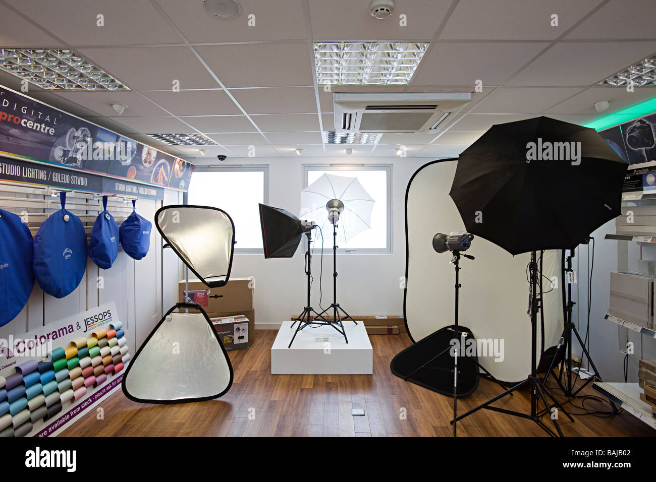 Photographic studio flash equipment on sale in camera shop UK - Stock Image