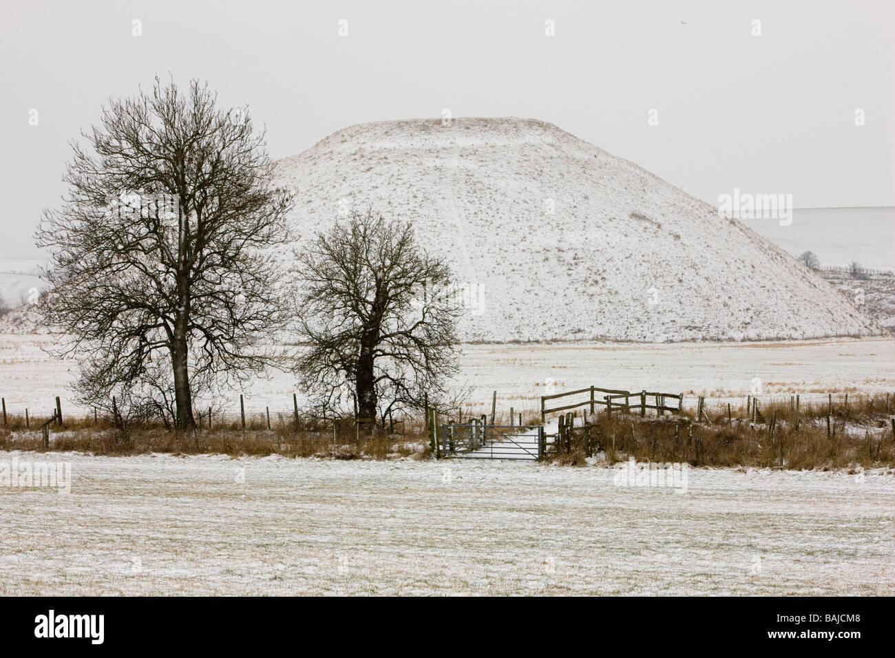 Silbury Hill, a mysterious and ancient neolithic monument - Stock Image