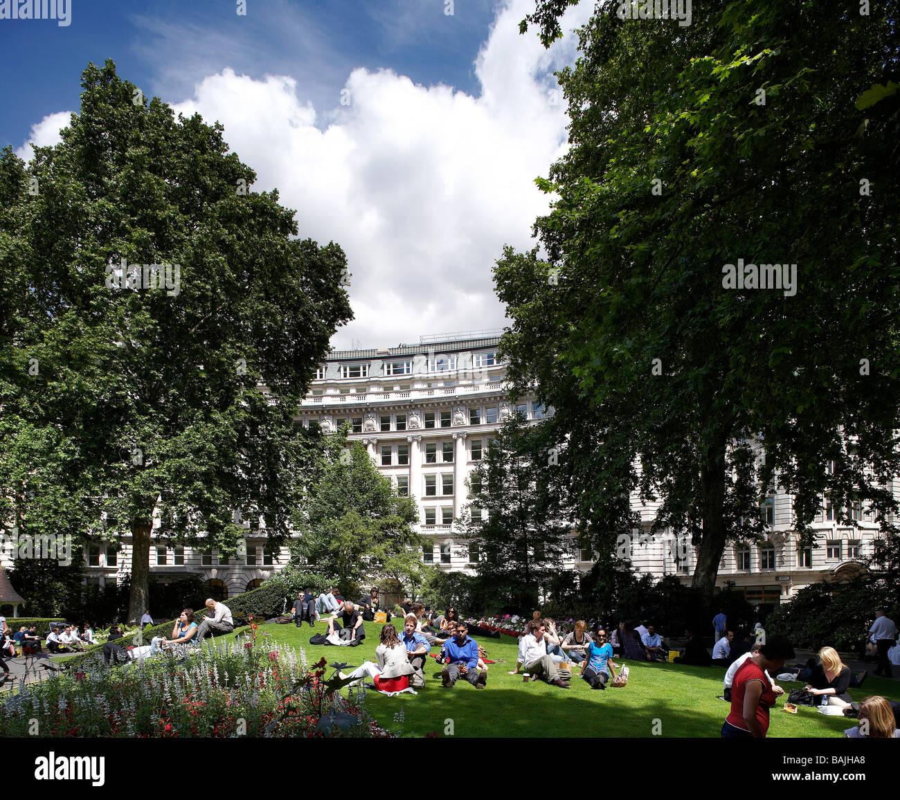 16 - 18 FINSBURY CIRCUS, JOHN ROBERTSON ARCHITECTS, LONDON, UNITED KINGDOM - Stock Image