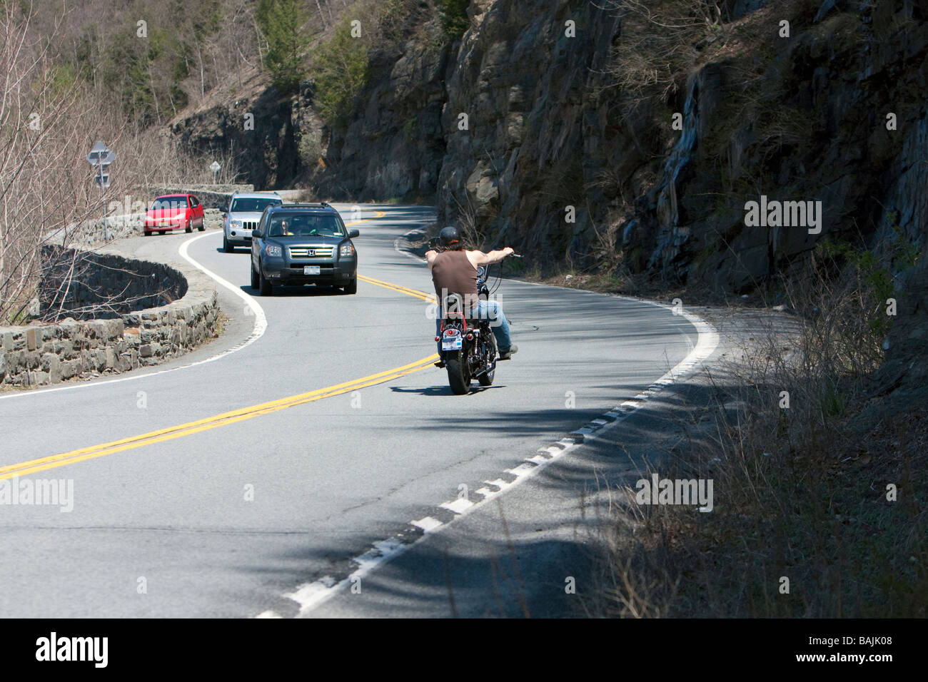 Curves new york Catwalk Curves Motorcycle Riding The Curves At Hawks Nest New York E News Motorcycle Riding The Curves At Hawks Nest New York Stock Photo