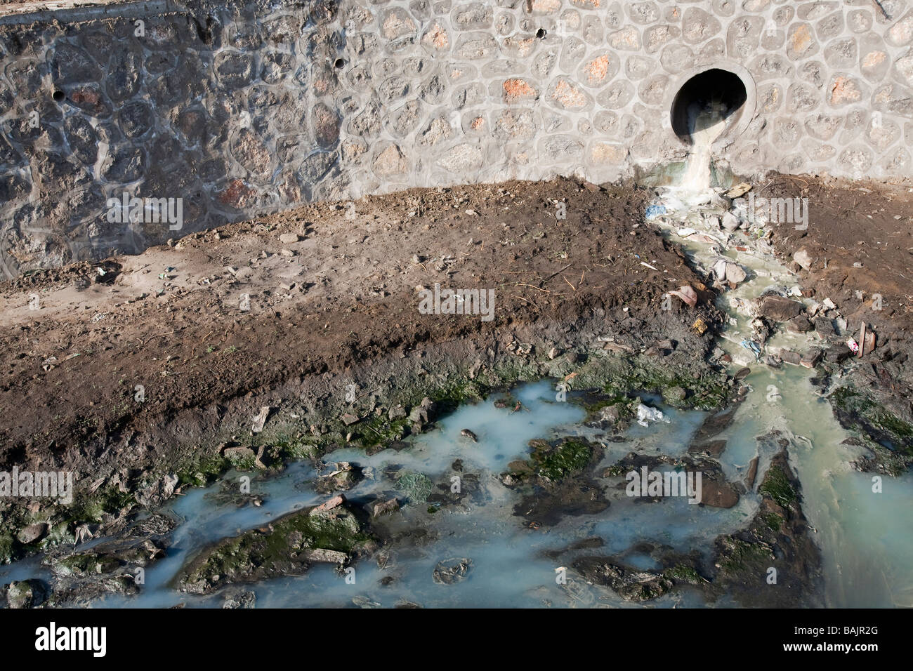 A highly polluted river in Hangang in China - Stock Image