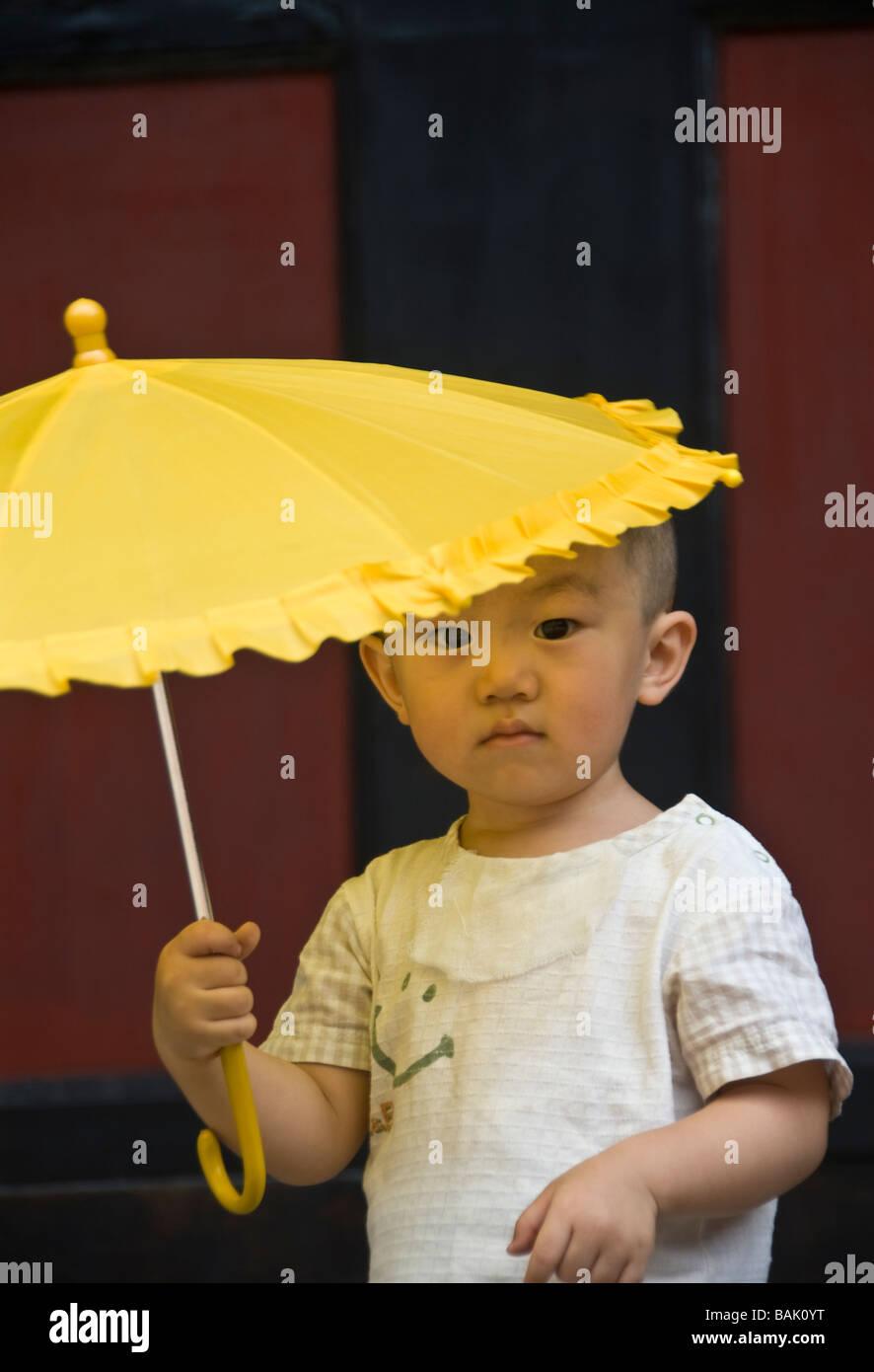 China yellow clothes boy