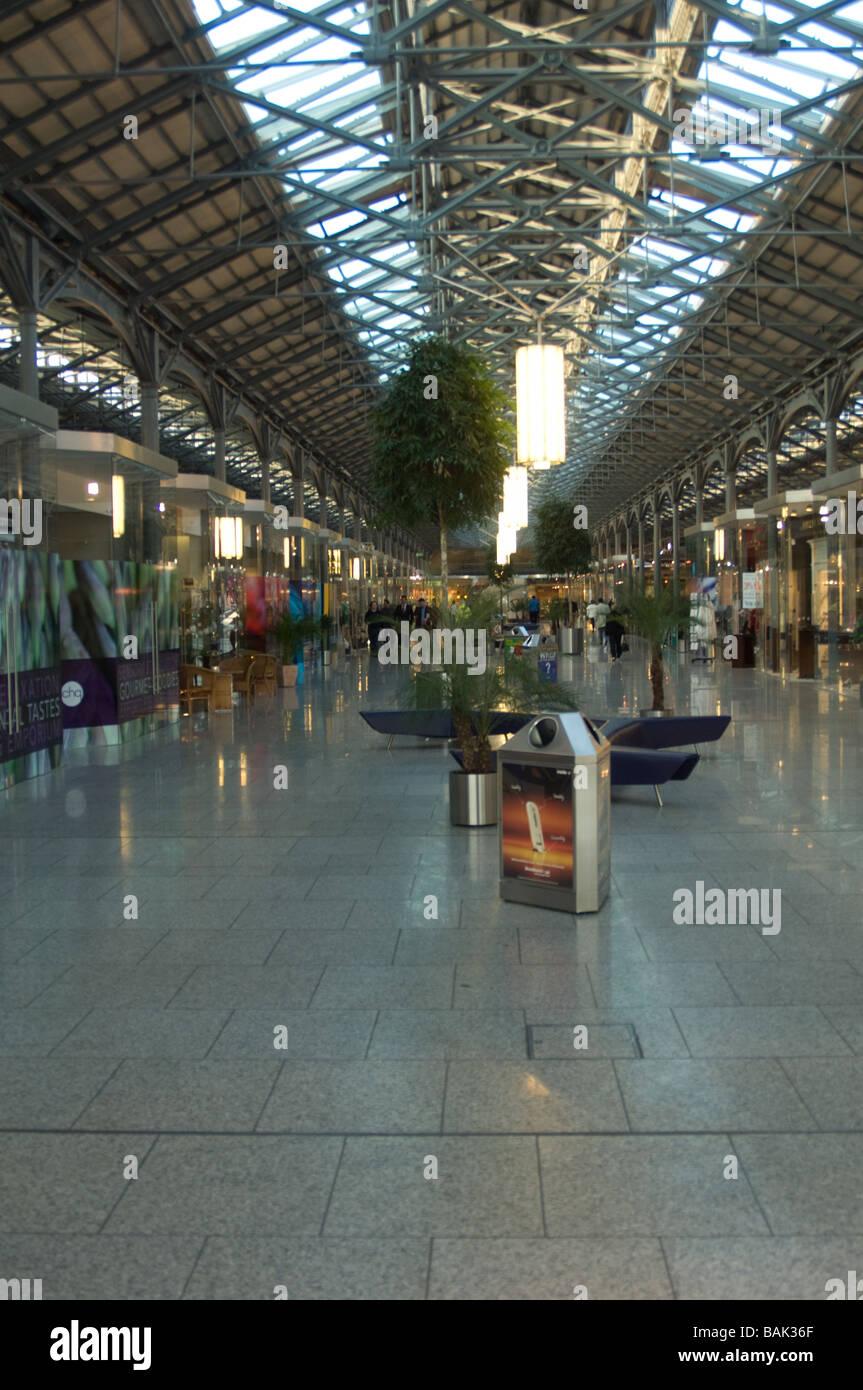 CHQ building shopping centre, Docklands, Dublin, Ireland - Stock Image