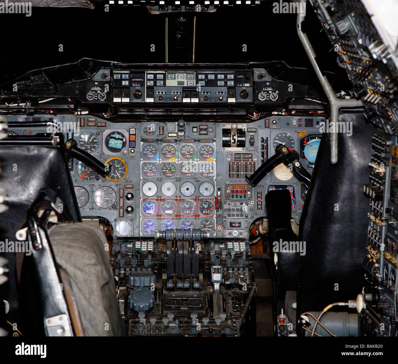 Concorde cockpit flight deck control panel Stock Photo