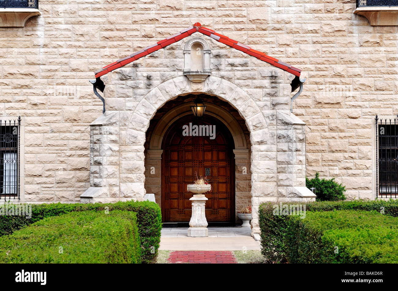 The entrance, west view, of the Marland Mansion in Ponca City, Oklahoma, USA. - Stock Image