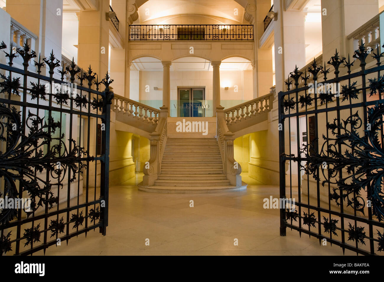 Musee des arts decoratifs paris stock photos musee des arts decoratifs paris stock images alamy - Museum decorative arts paris ...