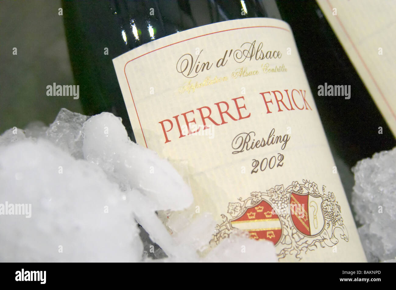 riesling 2002 domaine pierre frick pfaffenheim alsace france - Stock Image