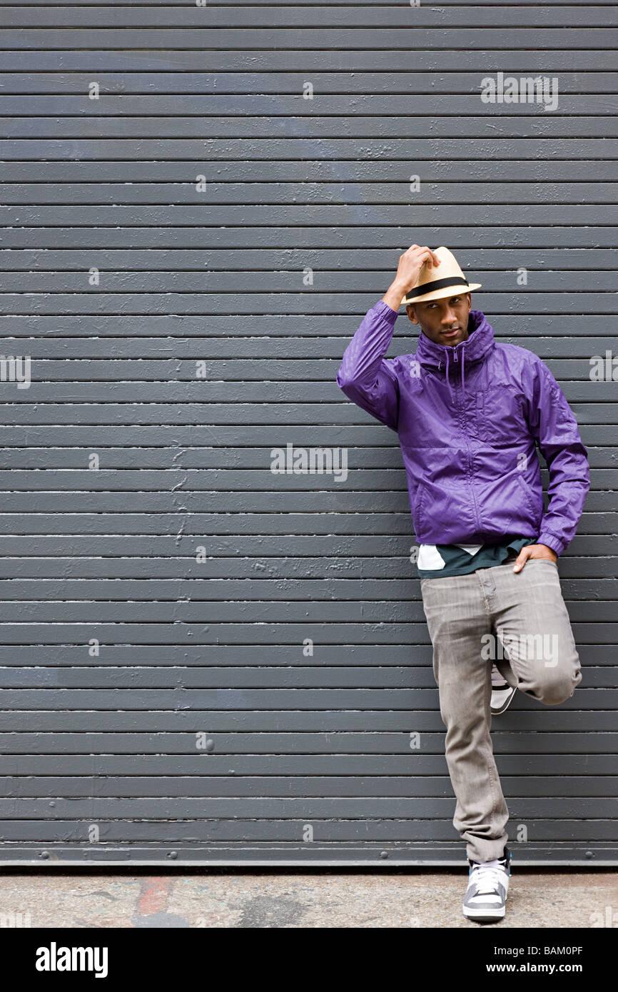 Man wearing fedora - Stock Image