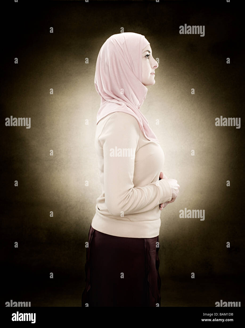 Profile of a young muslim woman - Stock Image