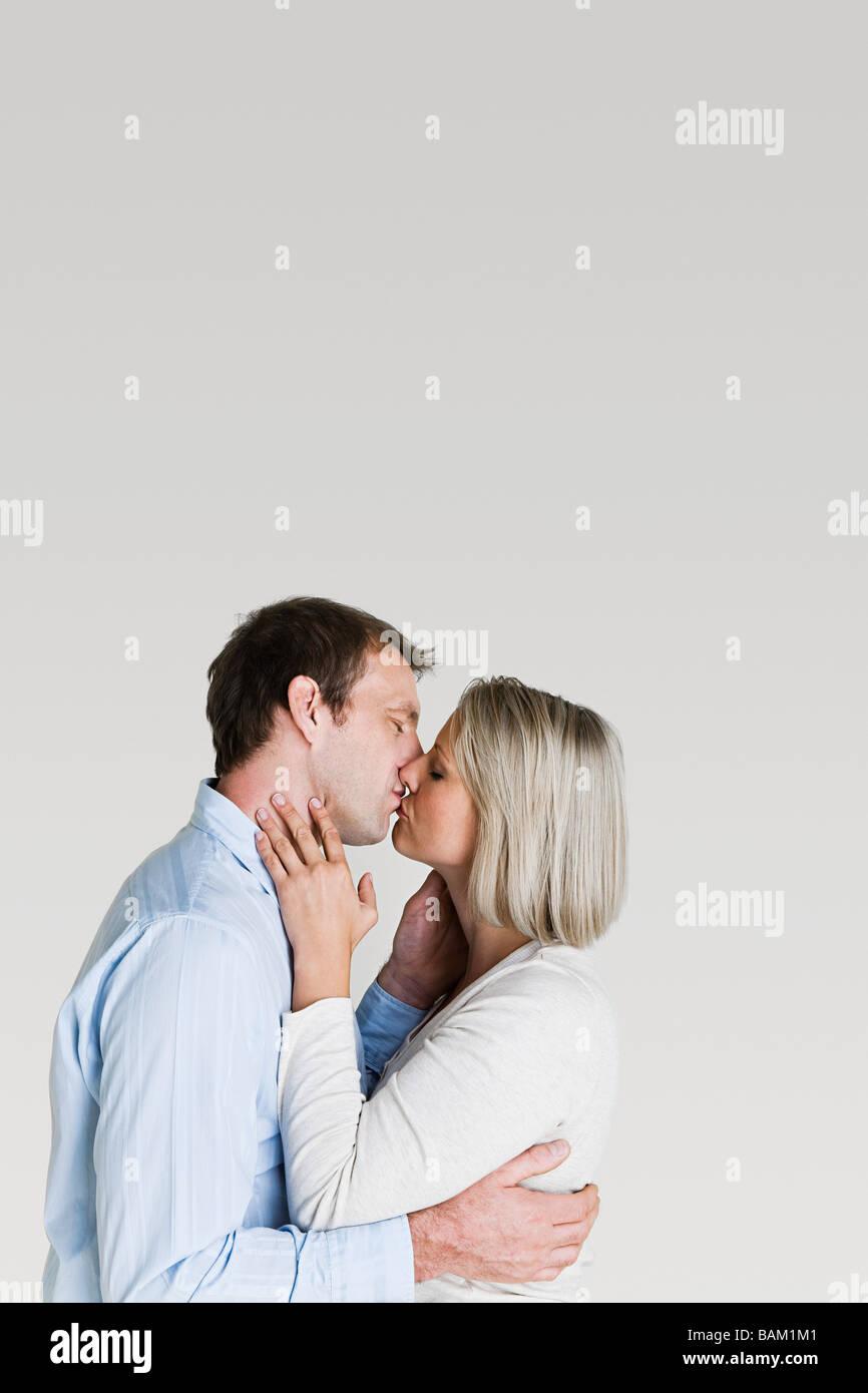 Couple kissing - Stock Image