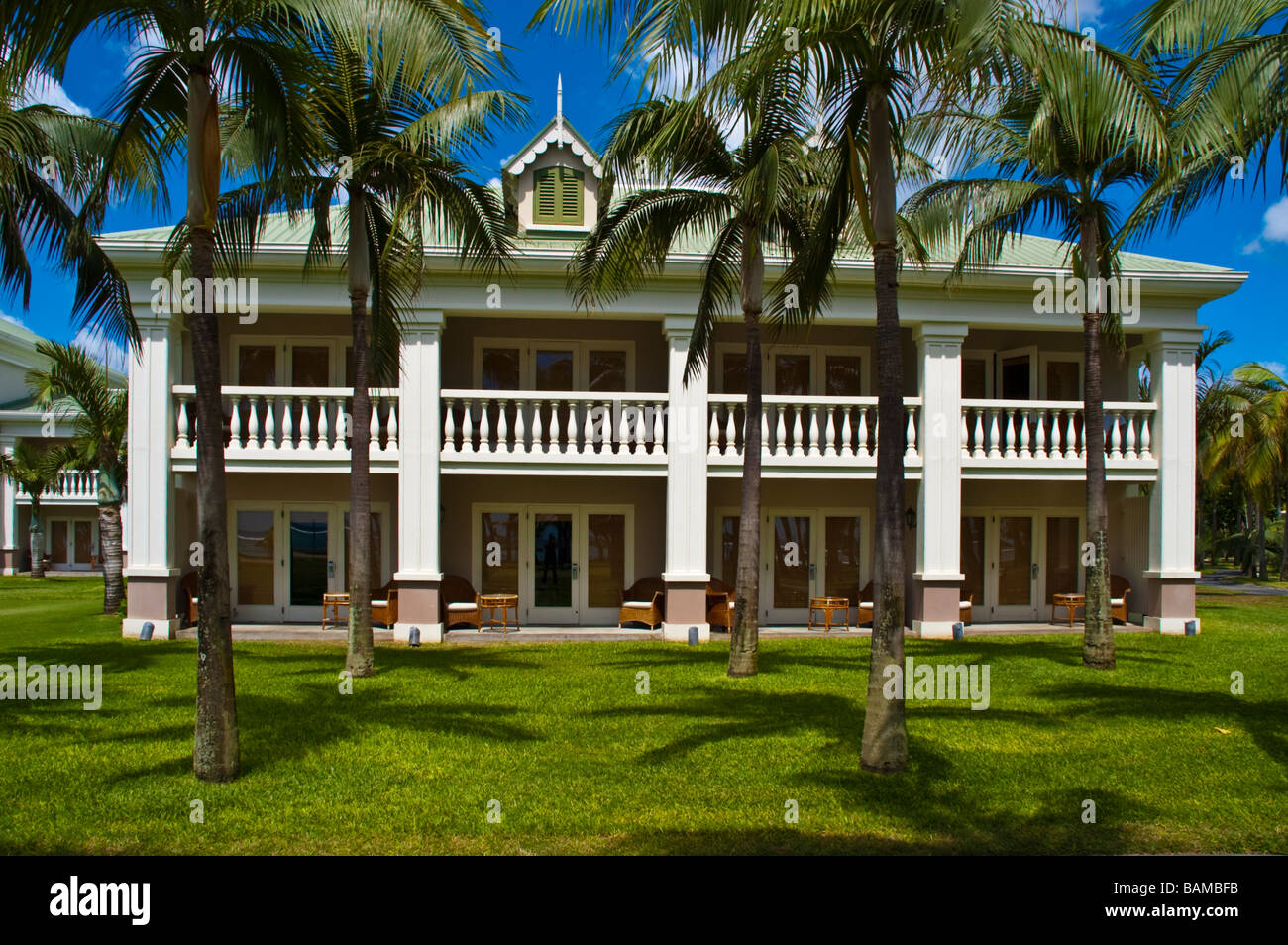 Colonial style house at sugar beach resort spa accommodation stock photo 23805023 alamy - Salon style colonial ...