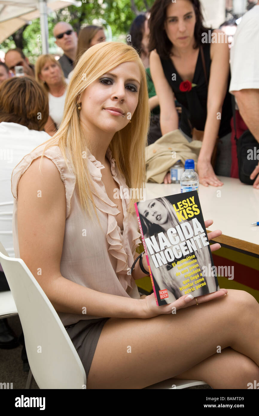 Barcelona Porn porn actress, lesly kiss, signing her book during st