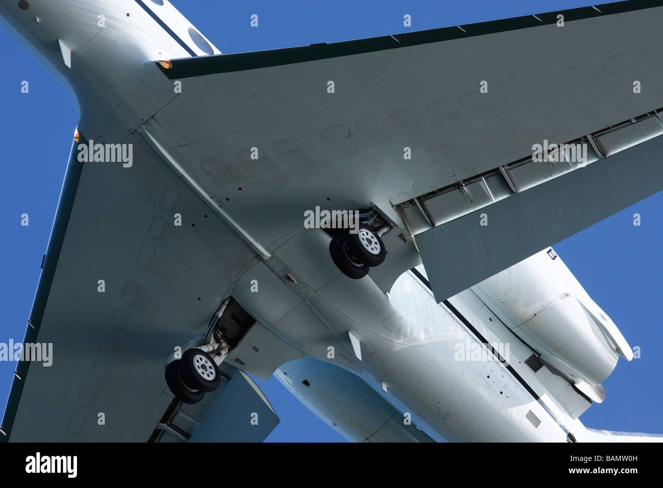 Close up of landing gear on a Gulfstream Aerospace G-IV jet. - Stock Image
