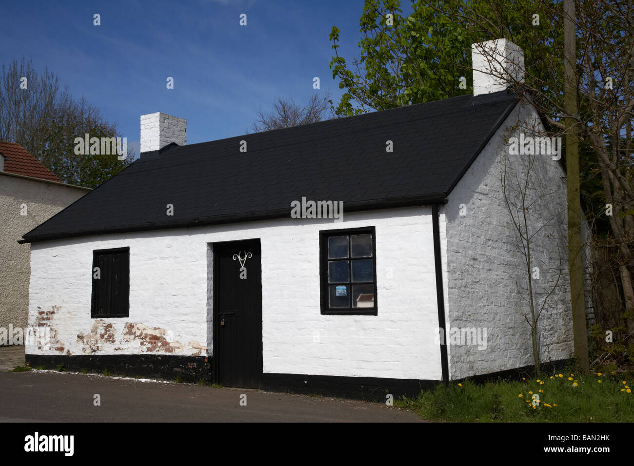 the Forge late 18th century blacksmiths cottage county derry londonderry northern ireland uk - Stock Image