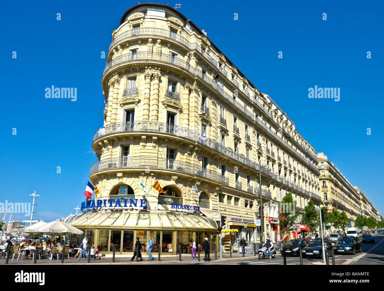 Samaritaine Brasserie at Quay de Port near Vieux Port in harbour area of Marseille France - Stock Image