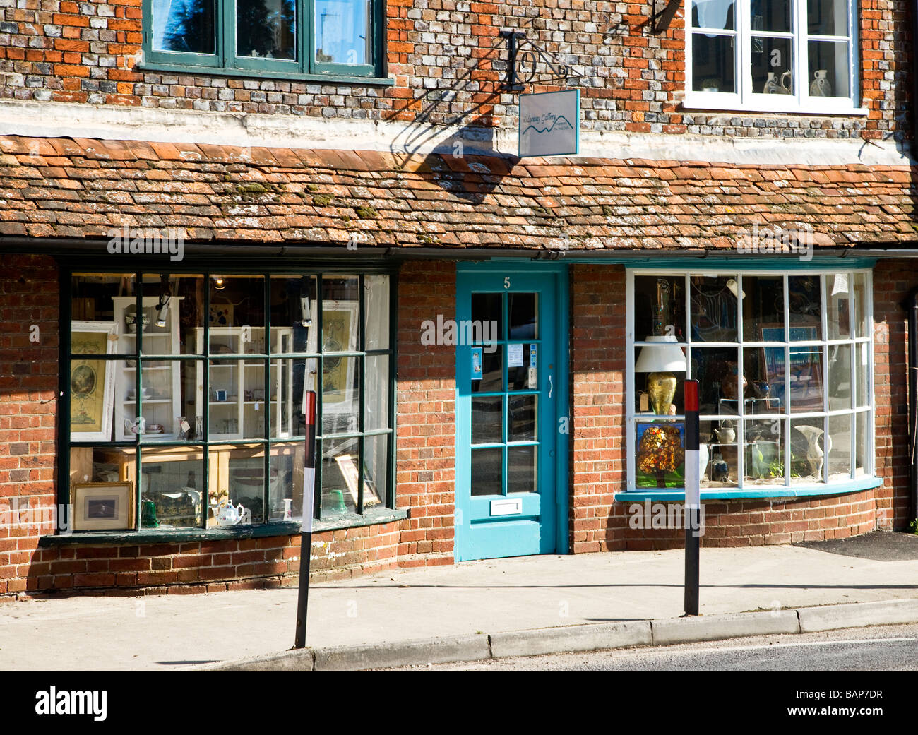 A quaint old bay fronted art and craft shop or gallery in the typical English market town of Marlborough Wiltshire - Stock Image