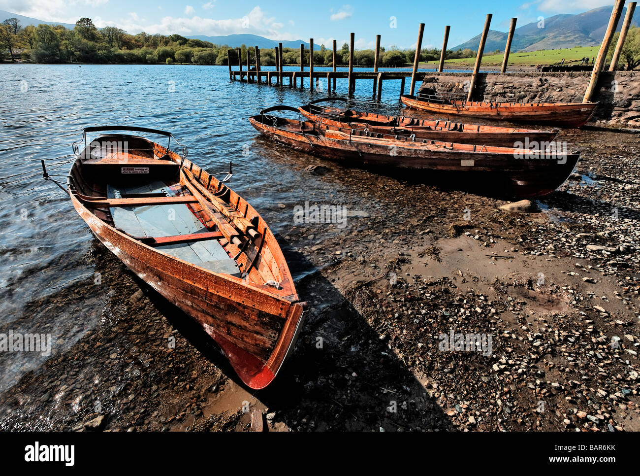 Boats pulled up near Keswick jetty in the English Lake District - Stock Image